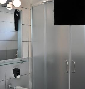 Flow-House.com - showers & toilets